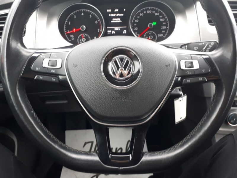 Volkswagen Golf 2015 price $7,950