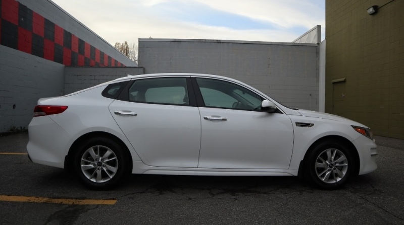 Kia Optima 2017 price $16,900