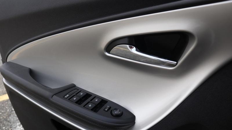 Chevrolet Volt 2014 price $19,900