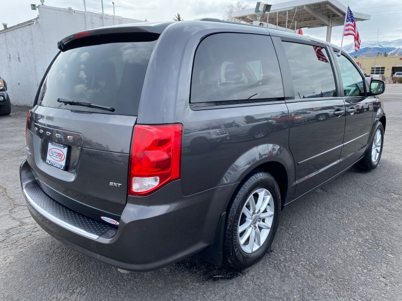 Dodge Grand Caravan 2016 price $11,995