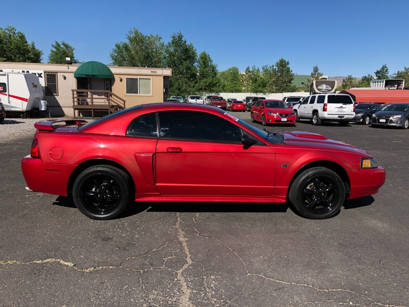 Ford Mustang 2001 price $8,995