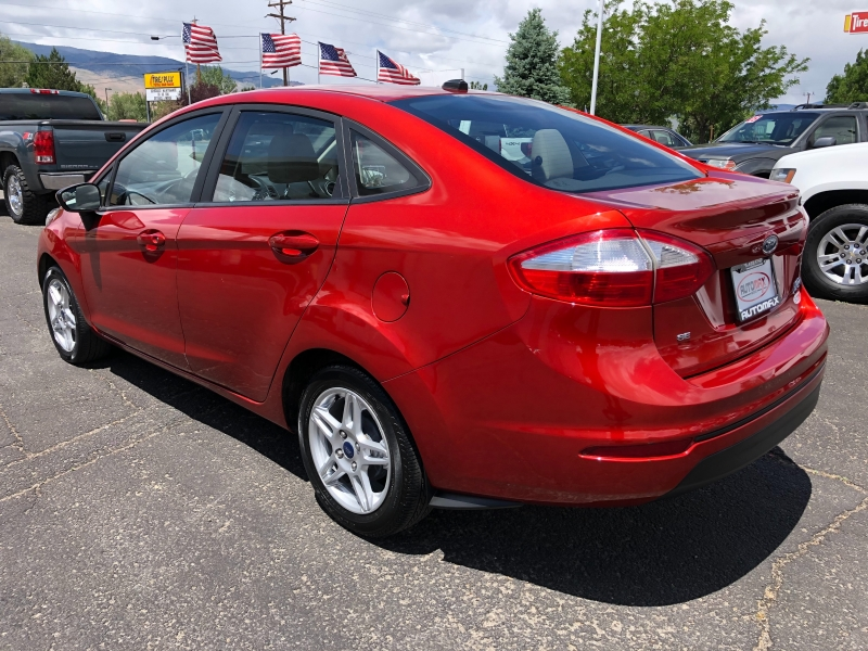 Ford Fiesta 2018 price $9,995