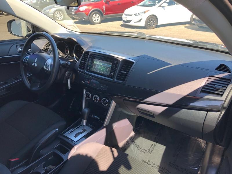 Mitsubishi Lancer 2017 price $13,995