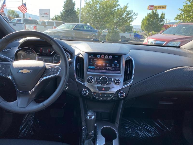 Chevrolet Cruze 2018 price $17,995