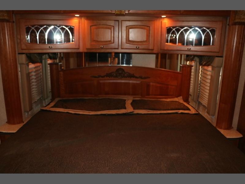 Newmar Essex 2005 price $114,950