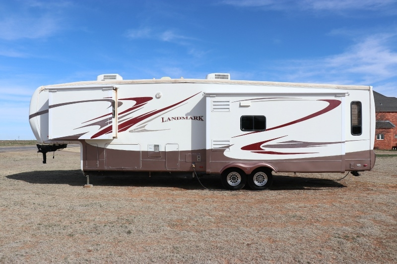 Heartland Landmark 37' 5th Wheel 2007 price $18,500