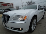 Chrysler 300-Series 2011
