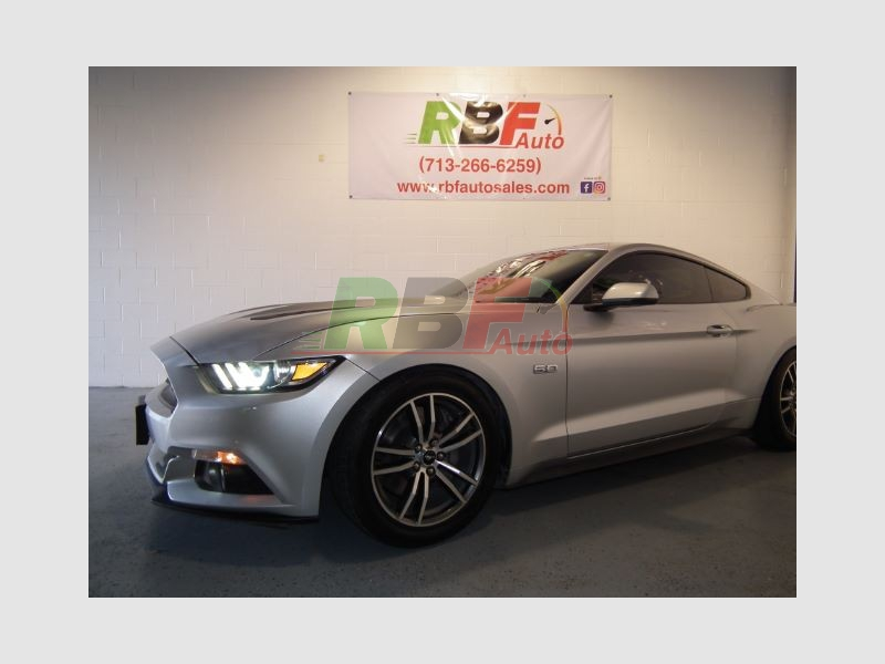 Ford Mustang 2015 price $28,995 Cash