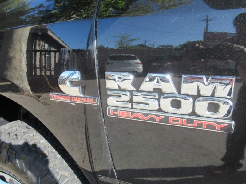 RAM 2500 2015 price $4,995