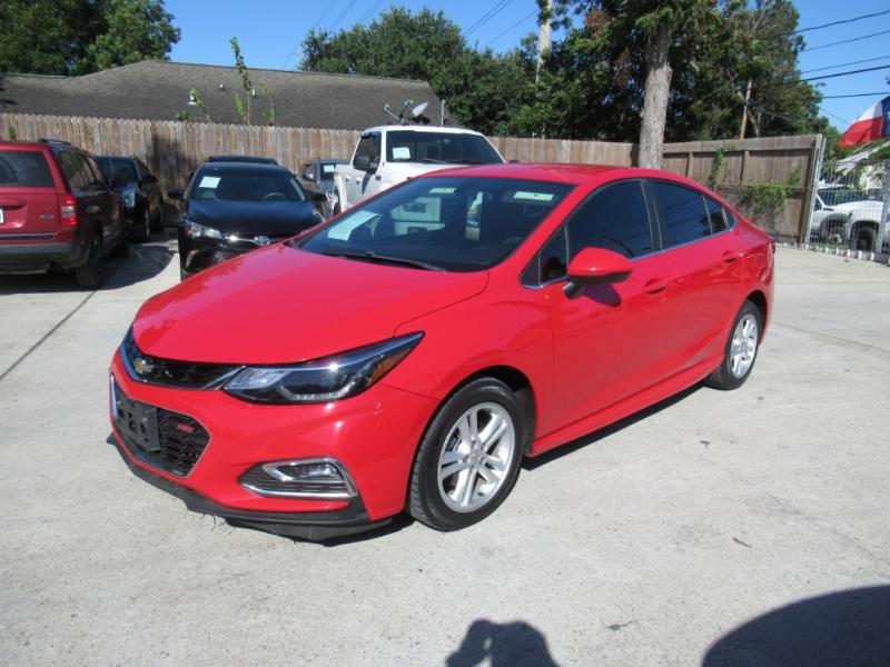 Chevrolet Cruze 2017 price $2,495