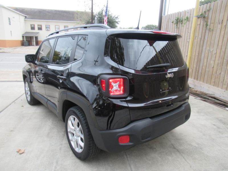 Jeep Renegade 2018 price $2,995