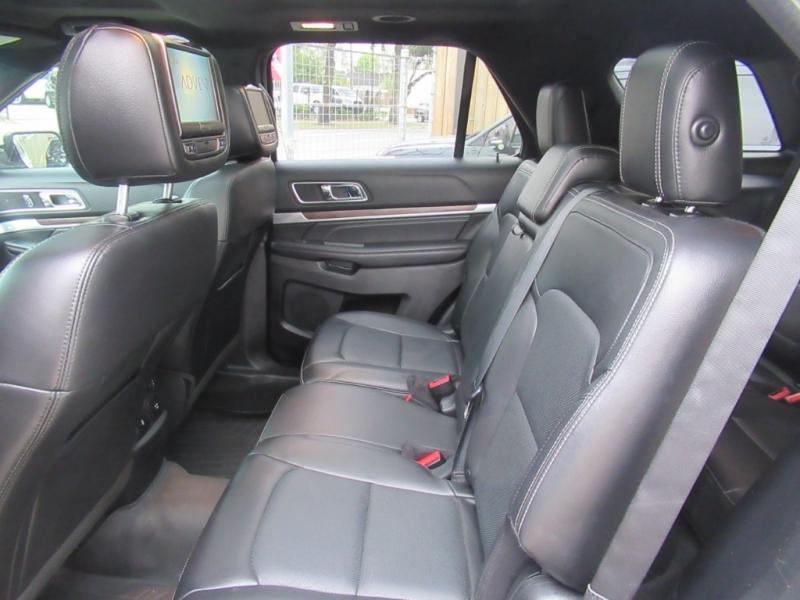 Ford Explorer 2016 price $3,995