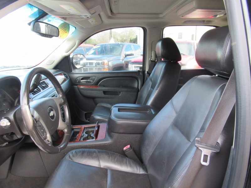 Chevrolet Tahoe 2010 price $2,495