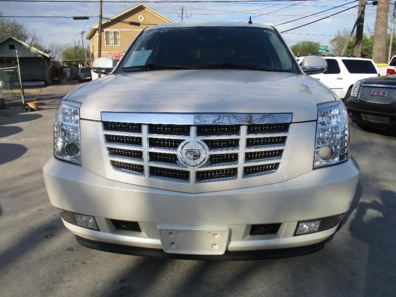 Cadillac Escalade 2010 price $2,495