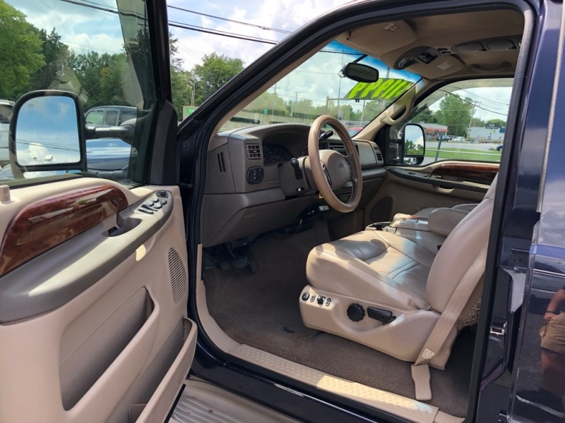 FORD EXCURSION 2000 price $11,999