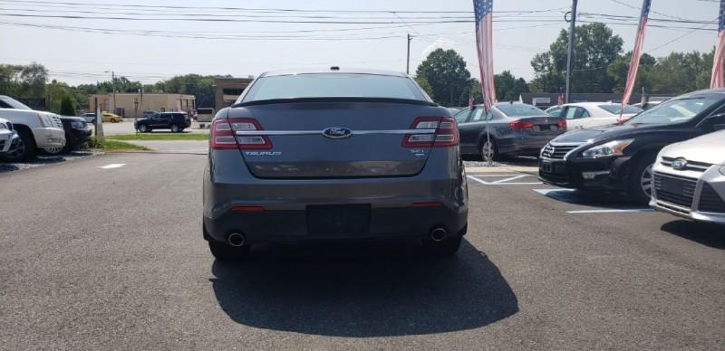 Ford Taurus 2013 price $10,500 Cash