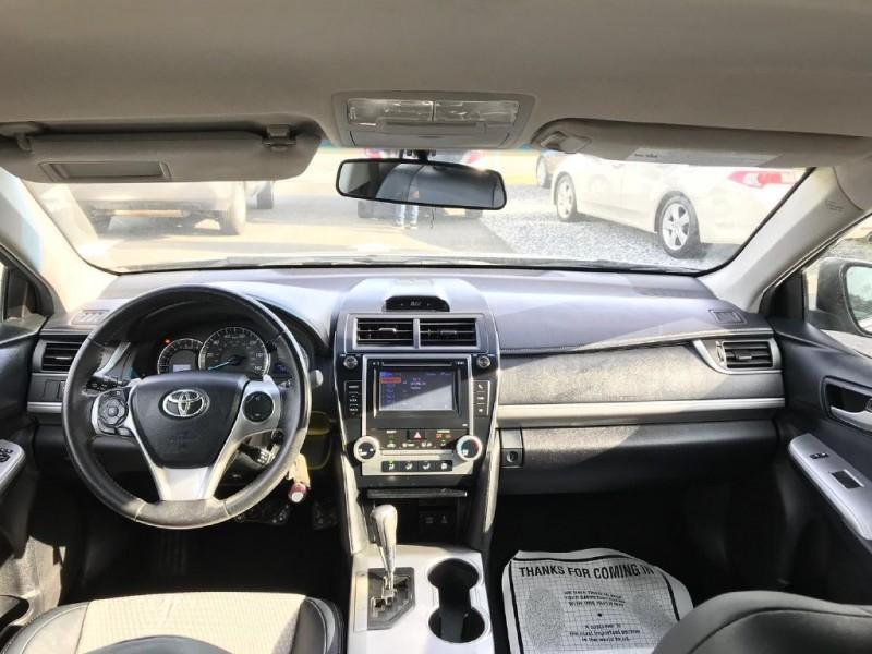 Toyota Camry 2012 price $12,100 Cash