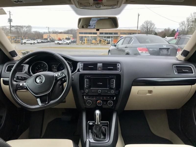 Volkswagen Jetta Sedan 2015 price Call For Price