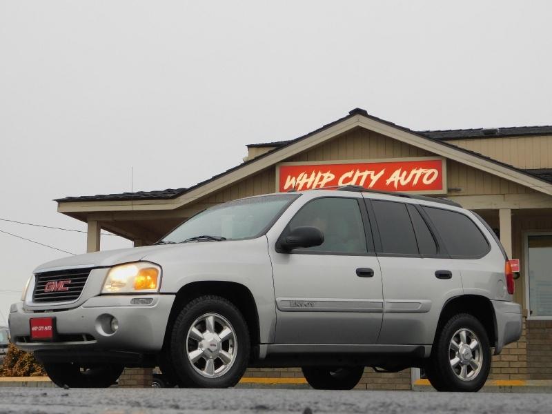 GMC Envoy 2005 price $6,495