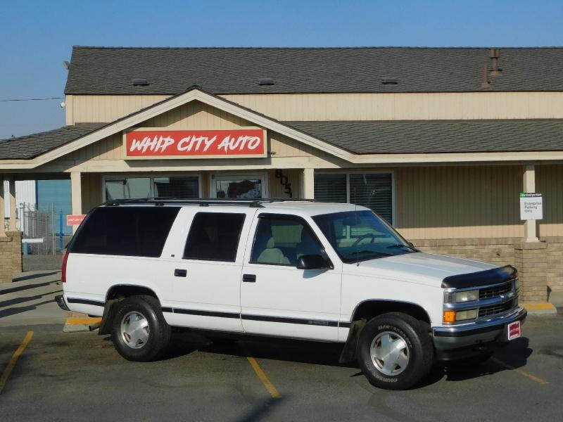 Chevrolet Suburban 1997 price $1,995