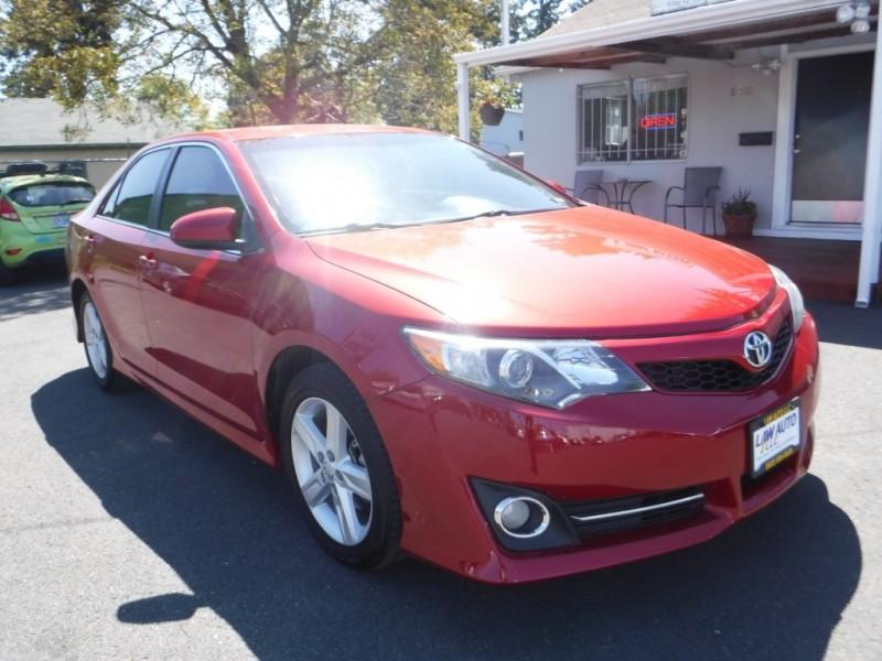 Toyota Camry 2013 price $11,995