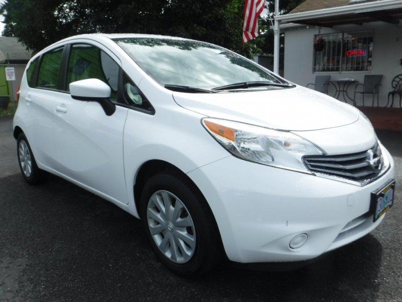 Nissan Versa Note 2016 price $9,995