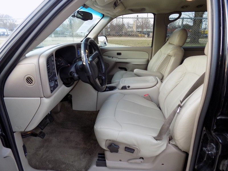 Chevrolet Suburban 2002 price Call For Price