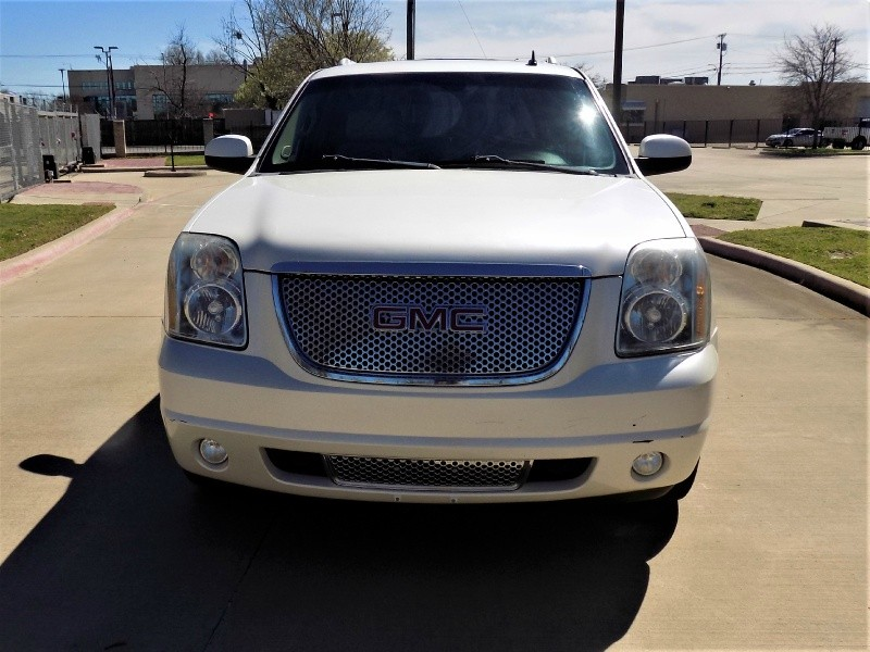 GMC Yukon XL 2010 price Call For Price