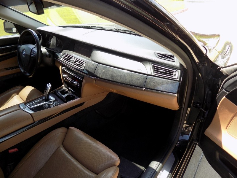 BMW 7-Series 2009 price Call For Price