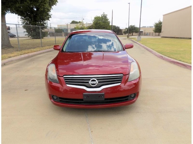 Nissan Altima 2009 price Call For Price