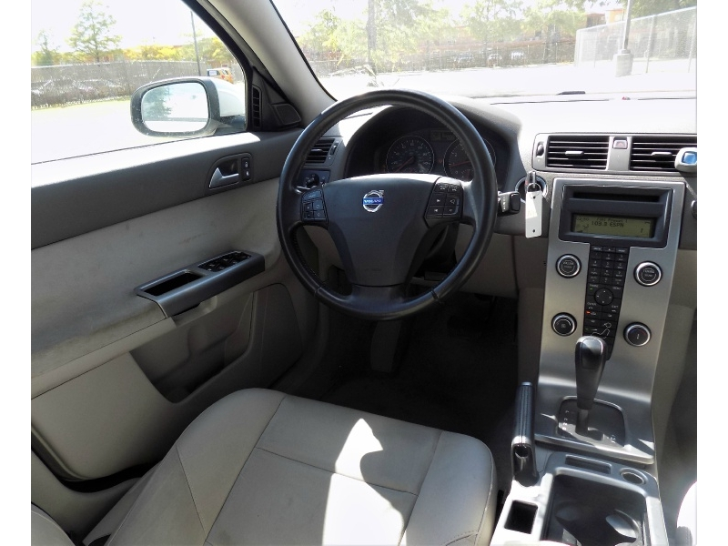 Volvo S40 2009 price Call For Price