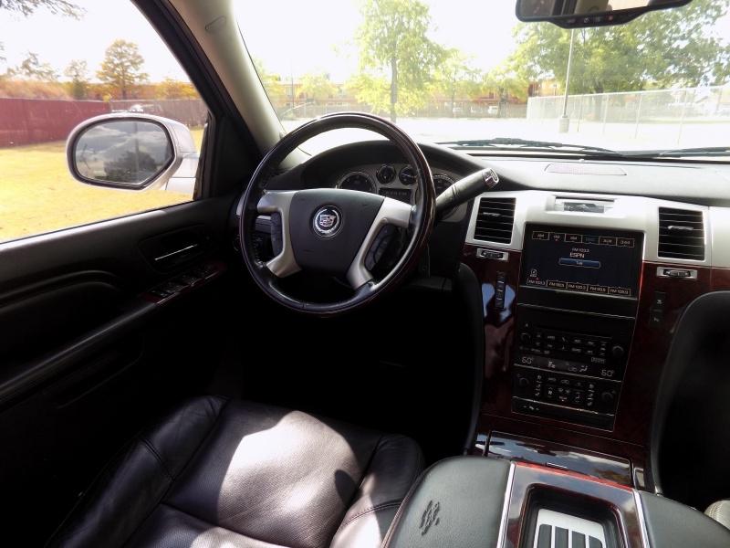 Cadillac Escalade 2011 price Call For Price