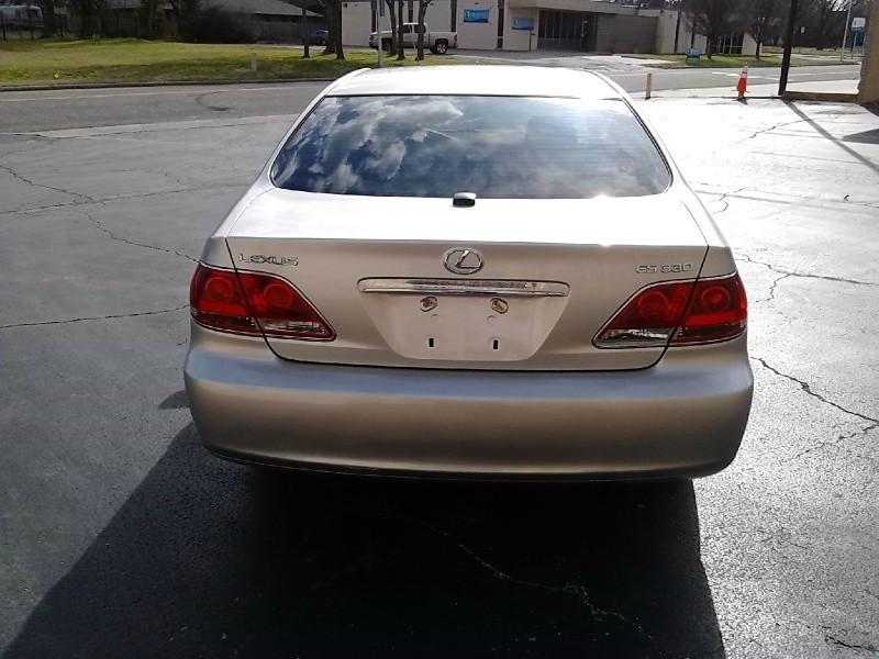Lexus ES 330 Navi 2005 price Call For Price