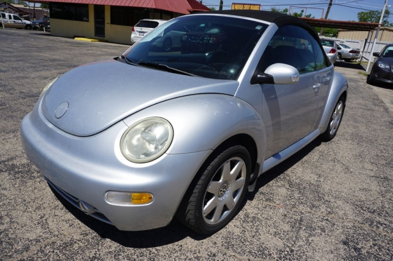 VOLKSWAGEN NEW BEETLE 2003 price Call for Pricing.