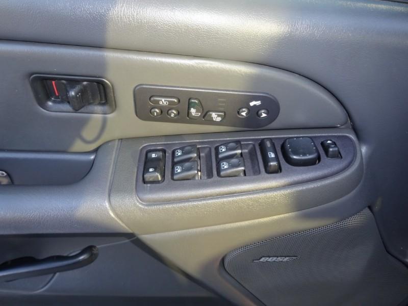Chevrolet Avalanche 2004 price $7,950