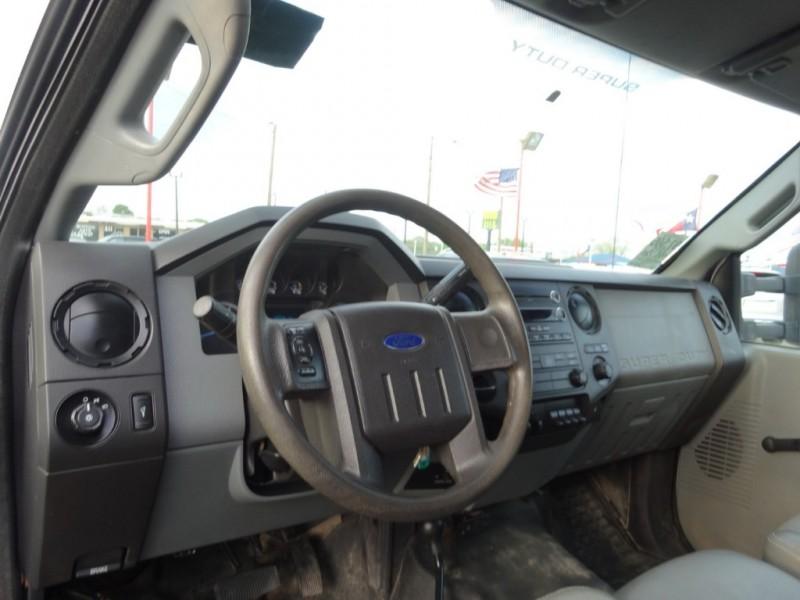 Ford Super Duty F-450 DRW 2015 price $29,900