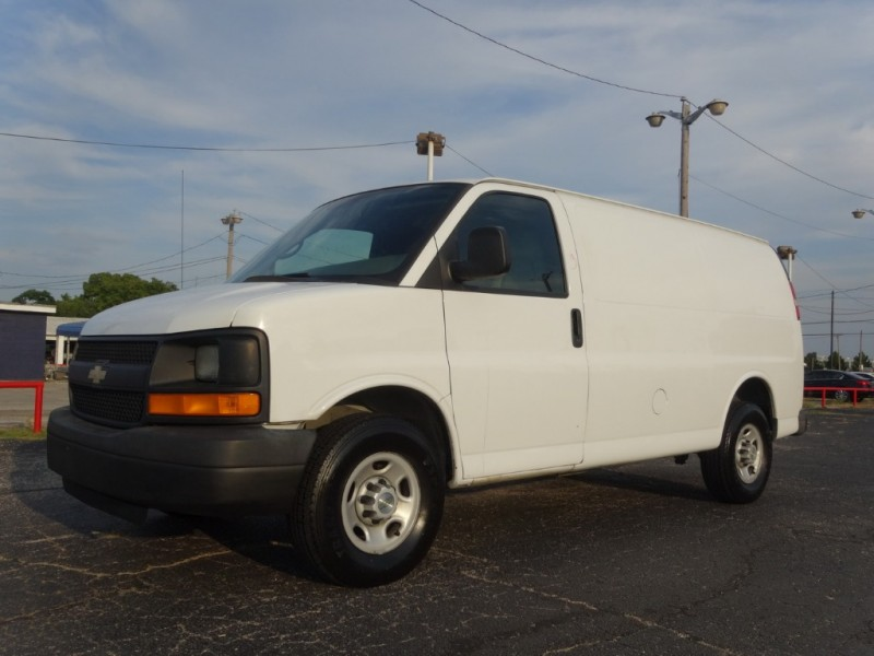 Chevrolet Express Cargo Van 2007 price $8,950