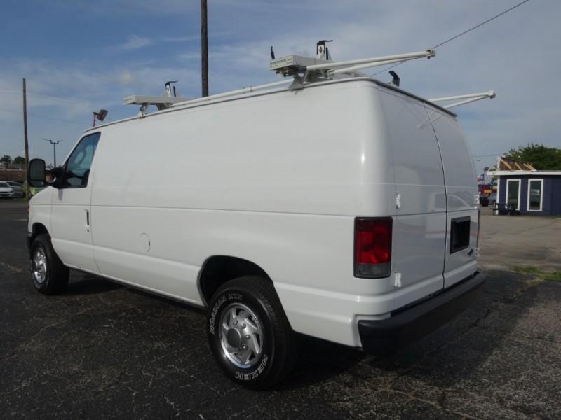 Ford Econoline Cargo Van 2011 price $12,950