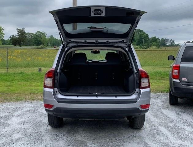 Jeep Compass 2016 price $11,900