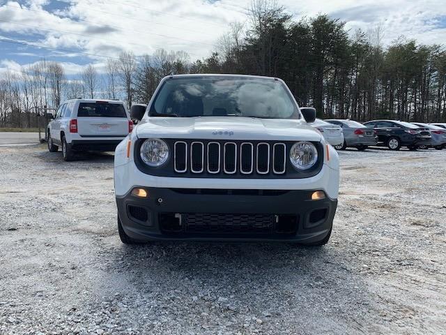 Jeep Renegade 2017 price $11,900