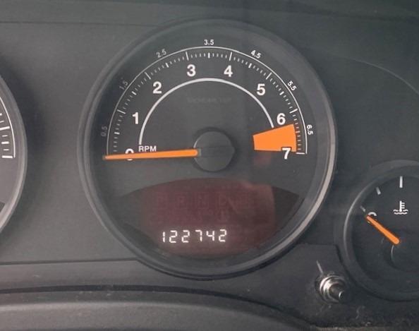 Jeep Compass 2014 price $7,900