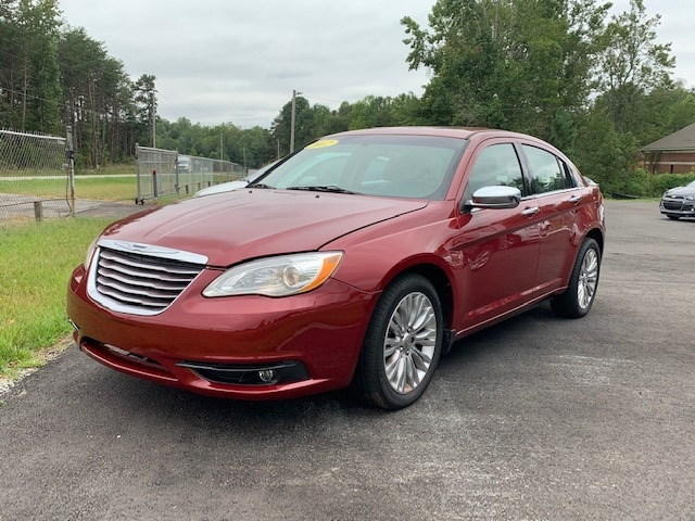 Chrysler 200 2012 price $8,900
