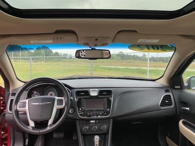 Chrysler 200 2012 price $8,900
