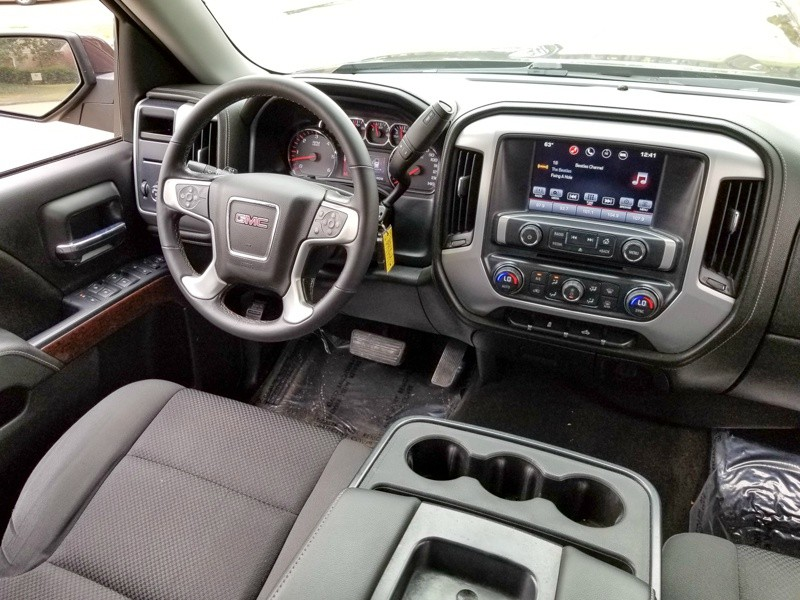 GMC Sierra 1500 2016 price $23,988