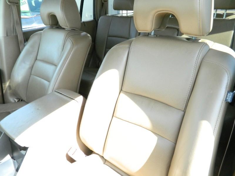 Honda Pilot 2006 price $6,995