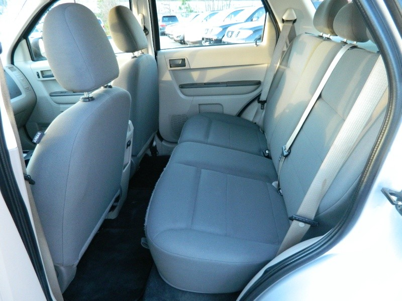 Ford Escape 2008 price $6,395