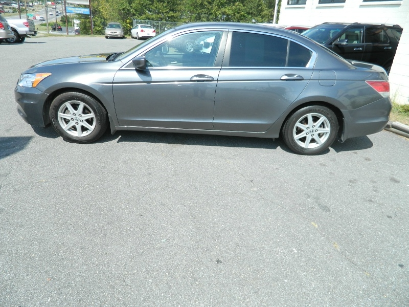 Honda Accord 2011 price $7,495
