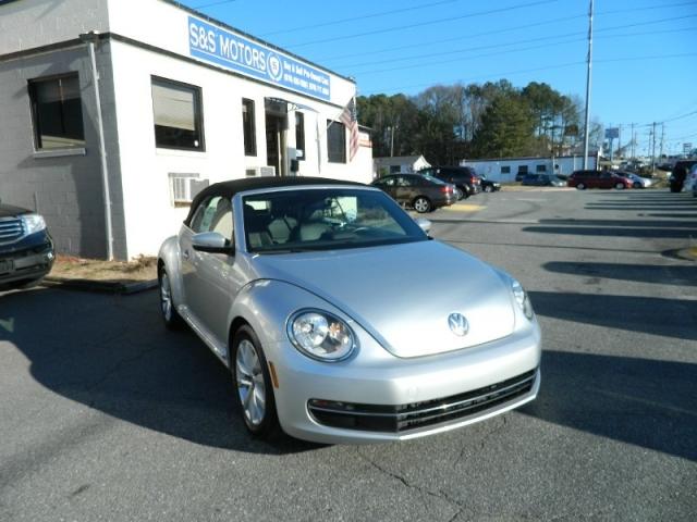 2014 Volkswagen New Beetle Convertible