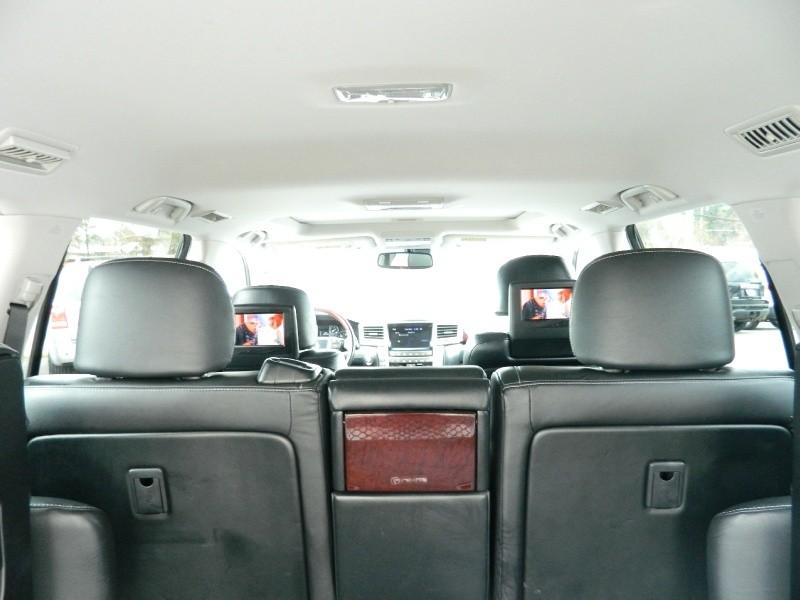 Lexus LX 570 2013 price $34,895