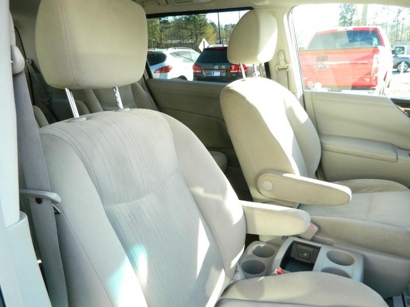 Nissan Quest 2015 price $11,995